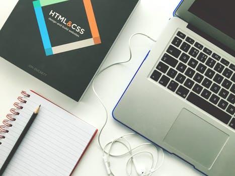 如何设计一个精致的企业网站